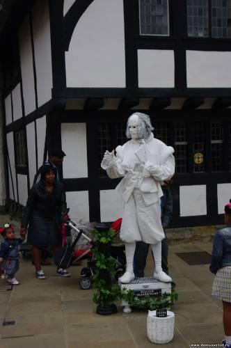Памятник Призрак Шекспира