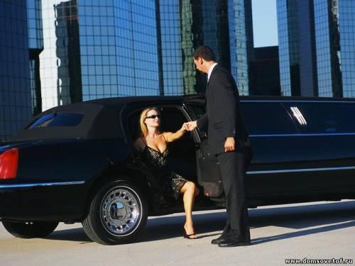 лимузин и поездка на нем - как сюрприз для девушки