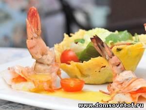 Французский салат с креветками