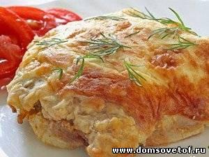 Жарим мясо на сковороде с луком свинина
