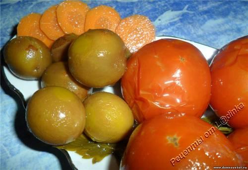 Консервированные помидоры со сливами. Рецепт