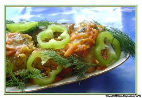 Минтай с овощами в сметане