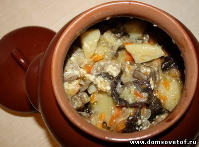 Картофель с грибами в горшочке на ужин быстро и вкусно