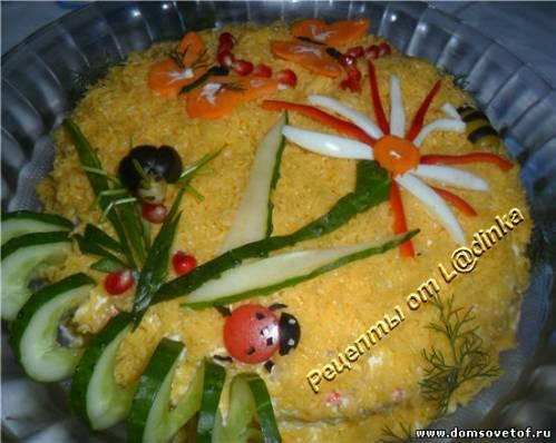 Салат с ананасом и крабовыми палочками.Салат на день рождения без мяса