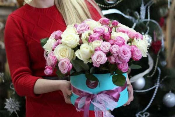 розы с доставкой по москве