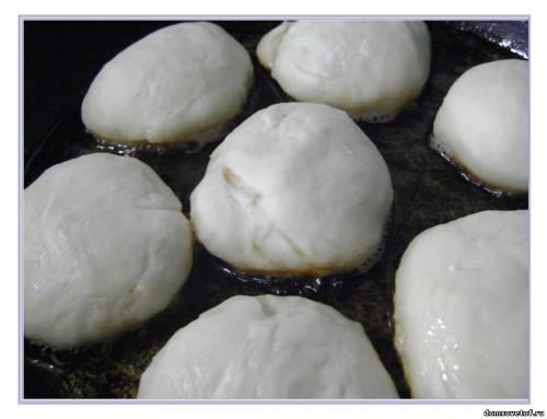 Оладьи на кефире пышные рецепт с фото на дрожжах сухих