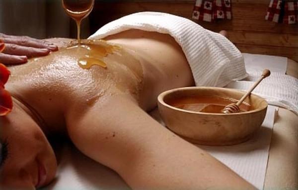 техника выполнения медового массажа в Москве