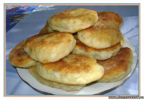 Быстрые пирожки на кефире с начинкой из печени