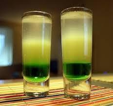 Полезный совет : Как приготовить крепкий алкогольный коктейль «Мартини с абсентом»