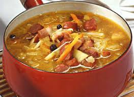 Полезный совет : Рецепт приготовление вкусной солянки с копченой курицей и мясом