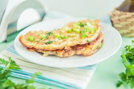 Полезный совет : Рецепт приготовления картофельных мини-блины с молодым чесноком и луком
