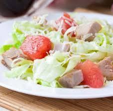 Полезный сейм : Рецепт необычного вкусного салата изо курицы и грейпфрута