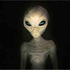 Папа Римский согласен крестить хоть инопланетян