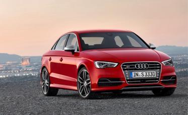 """Audi A3 - победитель конкурса """"Всемирный автомобиль года"""""""
