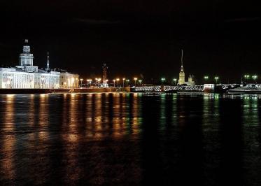 Ночные экскурсии по Питеру